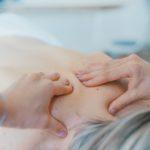 「マッサージと鍼灸」その違いとは?メカニズム、活用用途を解説!
